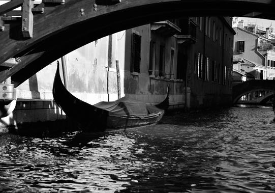 A gondola in Venezia. © Mikyoung Cha