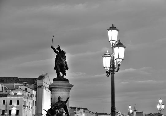 Riva degli Schiavoni - Man on the horse - Statue of Victor Emmanuel II, Venezia. © Mikyoung Cha
