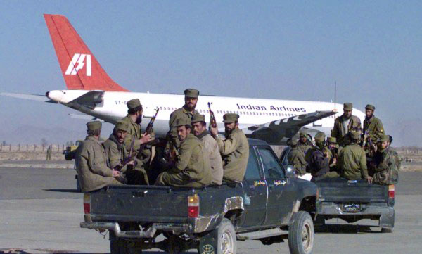 The hijacked Indian Airlines flight IC814 on the tarmac of Kandahar airport, Afghanistan. Photo Courtesy: The Quint